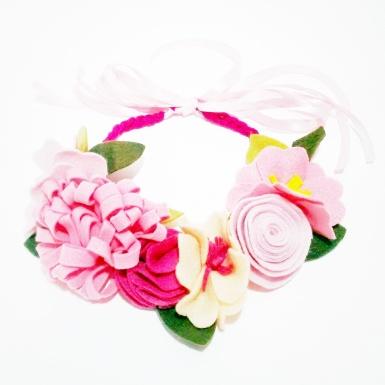 tiara de flores rosa